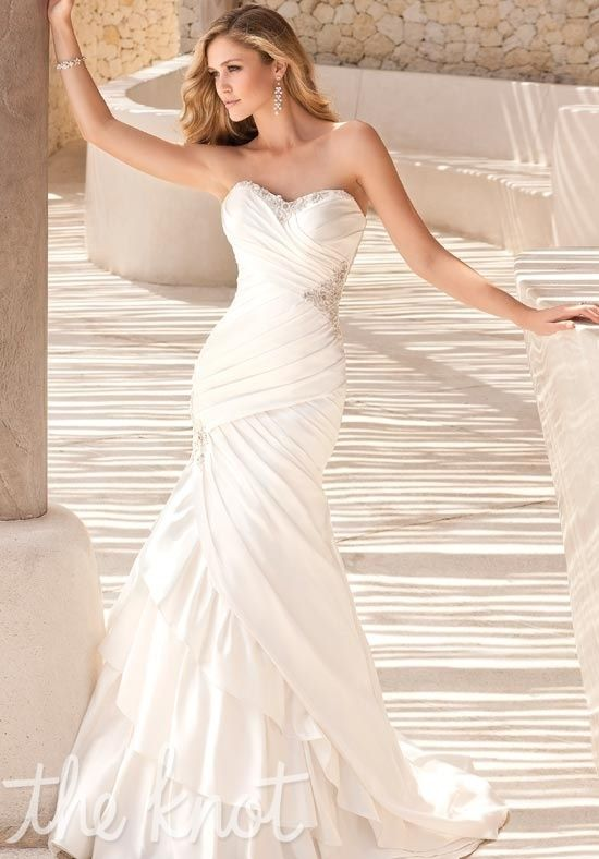 this is a really gorgeous dress..