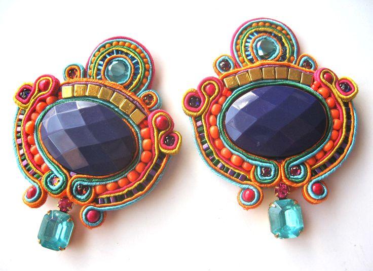 carousel soutache earrings by BlackMarketJewels #soutache #beads #earrings #statement #purple #jewellery #jewelry #blackmarketjewels
