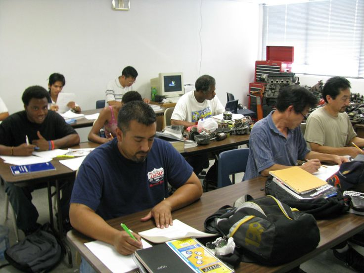 Auto Mechanic what college subjects require no writing
