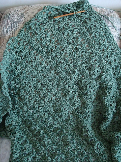 Crochet Patterns One Skein : One-skein throw by coribug, via Flickr Crochet One Skein Patterns ...