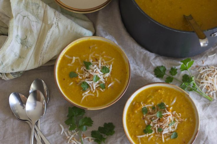 Spiced Coconut, Lentil and Pumpkin Soup | Healthy food | Pinterest