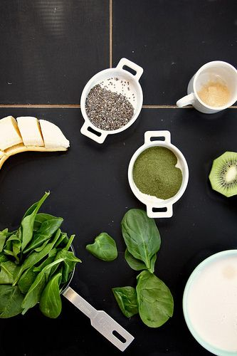 spinach, kiwi & chia seed smoothie by joy the baker, via Flickr