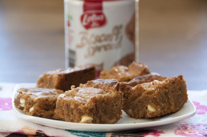 White Chocolate Biscoff Blondies   Recipes I want to try   Pinterest