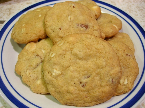 White Chocolate Chip Oatmeal Cookies | food | Pinterest