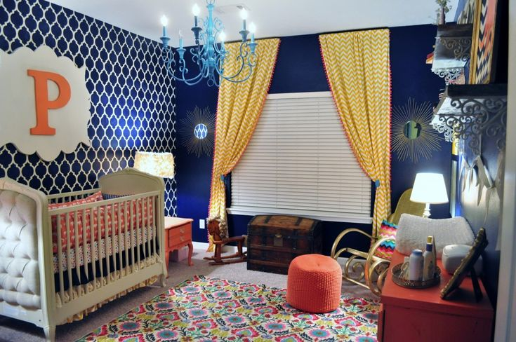 Navy is the new neutral, and we just love this wall color - especially the accent wall! #nursery #nurserydecor