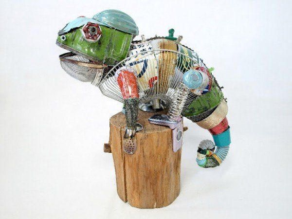 Pin by stacy everett on create reuse upcycle pinterest for Simple art from waste