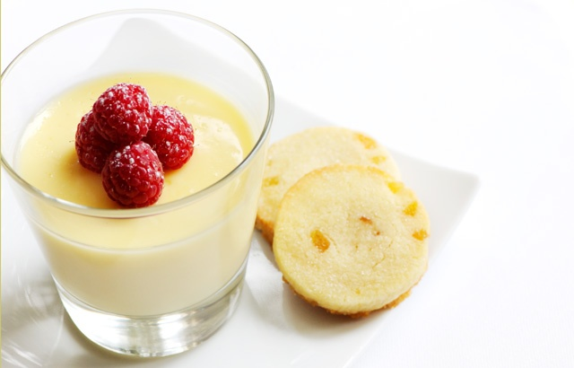 Lemon posset with raspberries and shortbread | Recipe