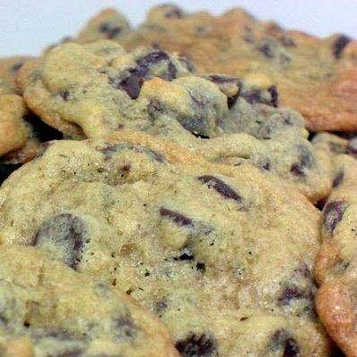 Chocolate Chip Overload Cookies | Dessert | Pinterest