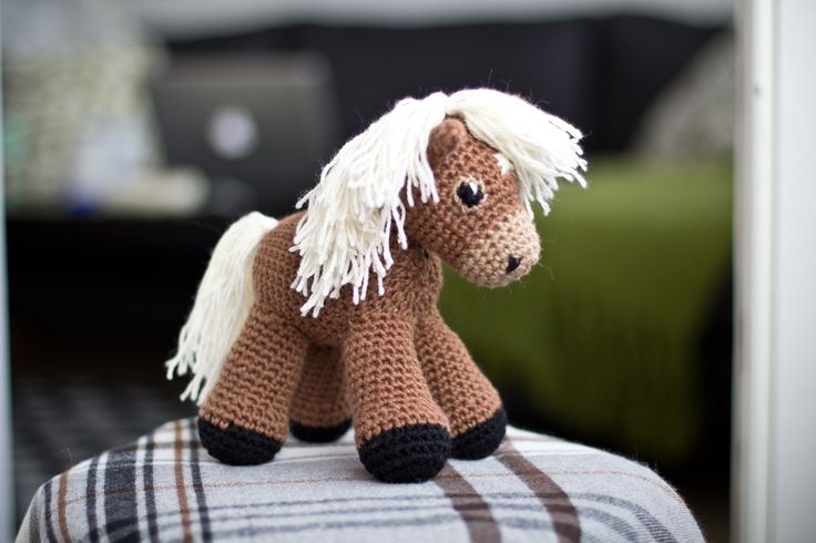 Crochet Pattern Free Horse : Sally the amigurumi pony PATTERN / Horse Pattern ...