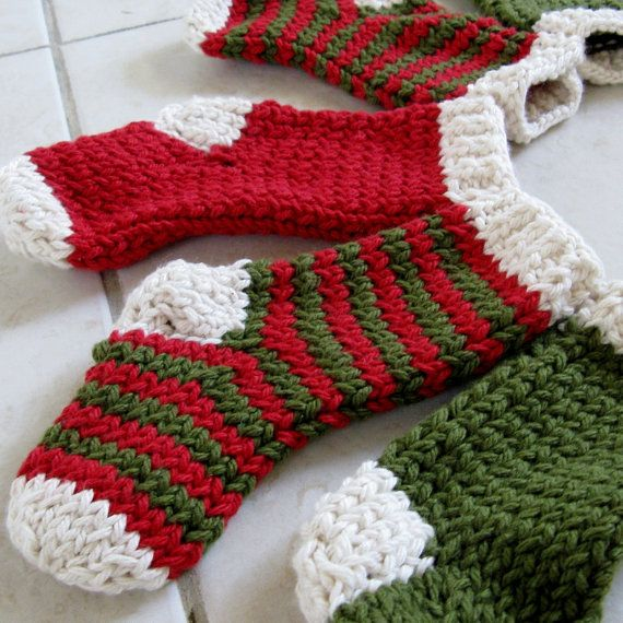 knitted christmas stockings! Knitting Pinterest