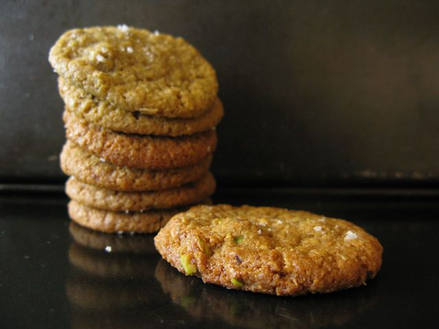 Salty-Sweet Pistachio Nut Butter and Oatmeal Cookies | Recipe