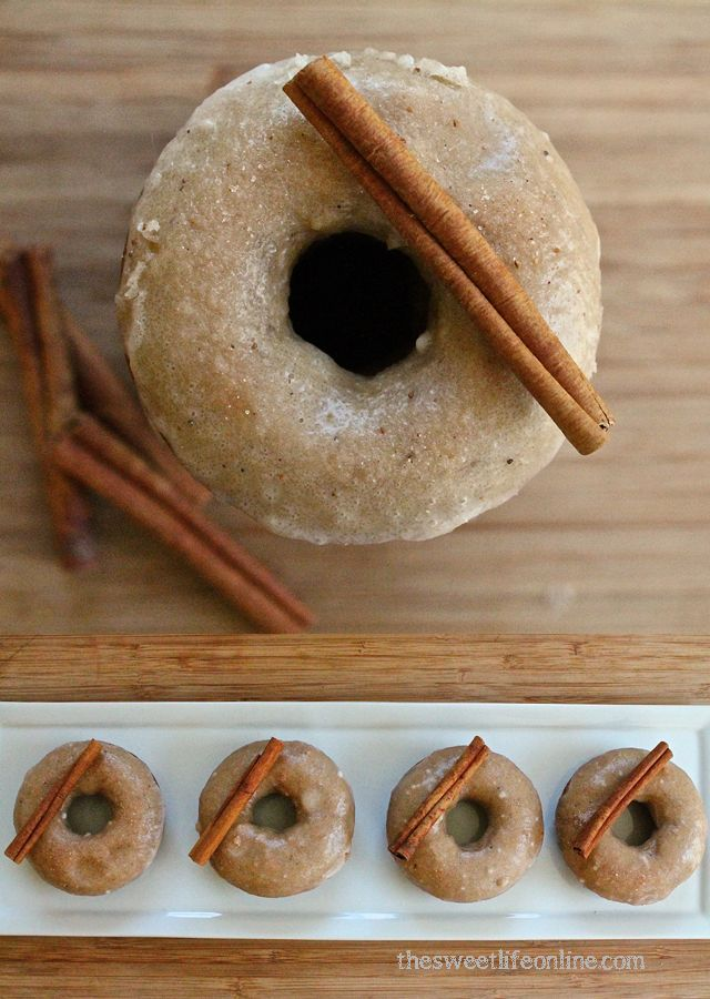 ... my non-vegan family at thanksgiving! Vegan Baked Apple Cider Donuts
