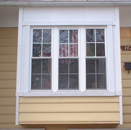 Box bay window under overhang house exterior pinterest for Box bay windows