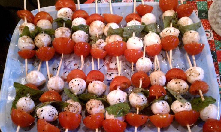 Tomato Basil and Mozzarella Skewers http://fitnessandfeta.com/2011/12 ...