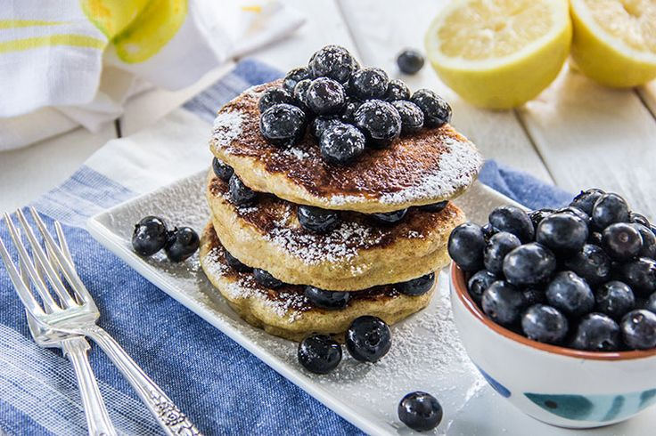 Lemon-Vanilla-Pancakes-with-Blueberries | The Scrumptious Pumpkin