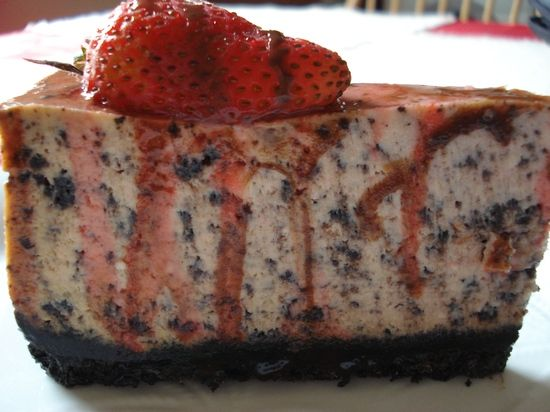 Chocolate Strawberry Cheesecake | cheesecakes galore | Pinterest
