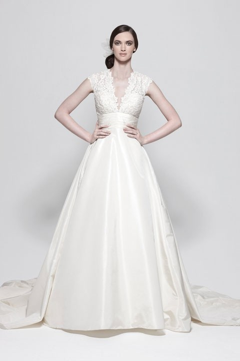 V-neck ball gown lace bridal gown