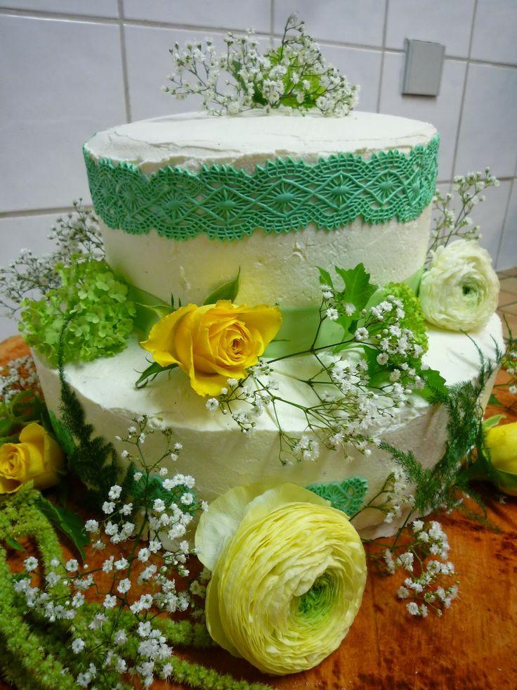 Gâteau de mariage à la Hercule Stout  Hoppy Treats  Pinterest
