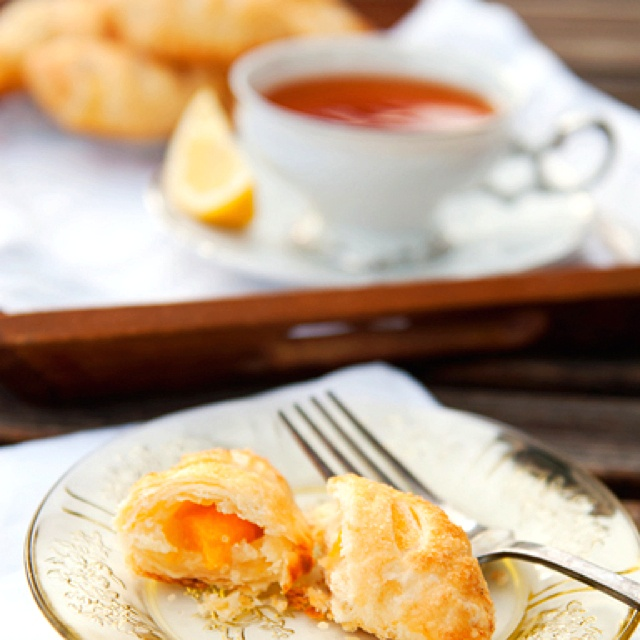 Bourbon peach hand pies | Homemade & To Die For | Pinterest