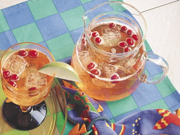Cranberry-Apple Spritzer Quench your thirst with refreshing wine ...