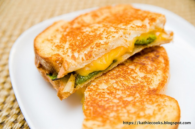 Jalapeno Popper Grilled Cheese Sandwich   Kitchen Kapers   Pinterest
