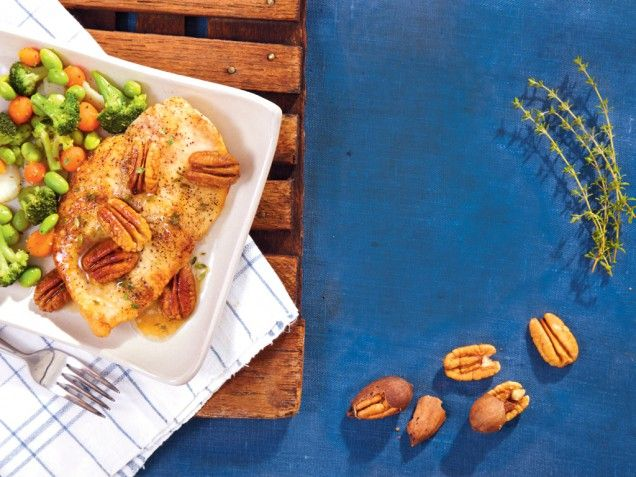Chicken cutlets with pecan sauce - I think the mixture of flavors is ...