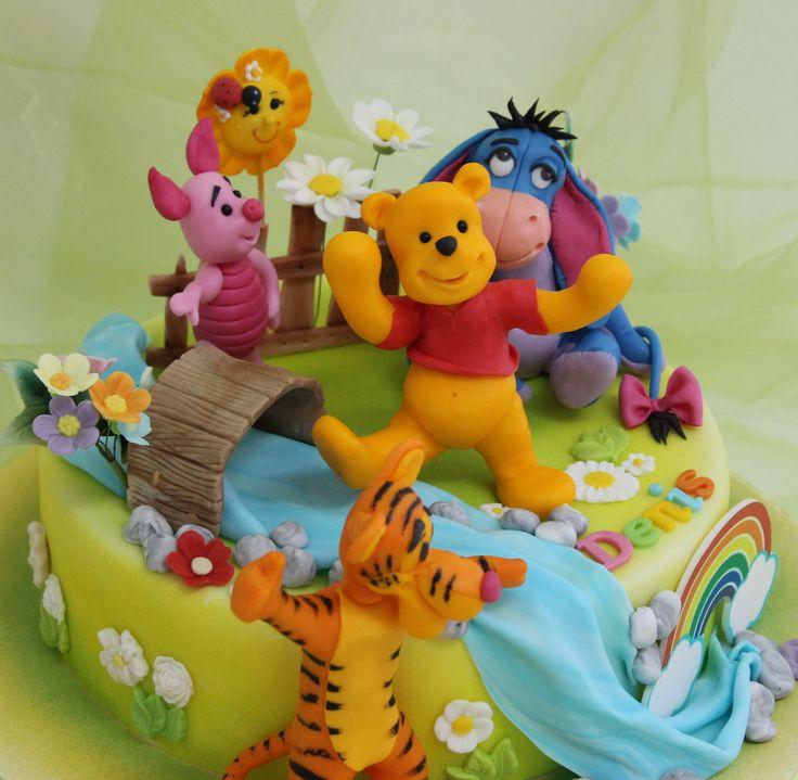 http://www.viorica-torturi.ro/. Pooh #cake