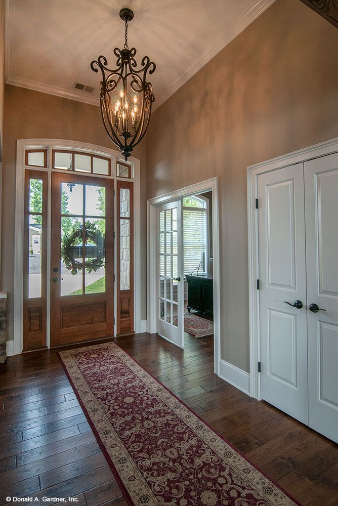Foyer of the Chatsworth Plan #1301-D by Don Gardner