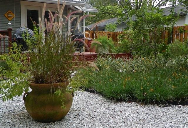 Grassless landscaping outdoors pinterest for Grassless garden designs