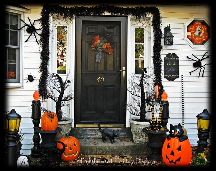 Front door Halloween decor  All Things Halloween  ~ 135011_Halloween Front Door Decorations