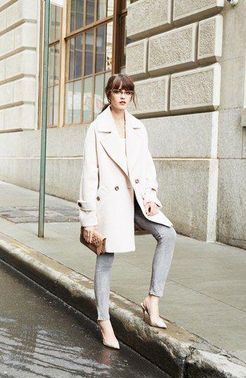 パステルピンクのコート