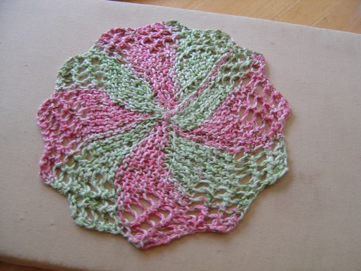Knitted Dishcloth Patterns For Easter : Pin by Jill Kalmar on Knitting dishcloths Pinterest