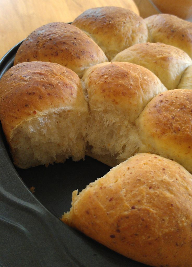 Buttery Vegan Dinner Rolls | gastronomy | Pinterest