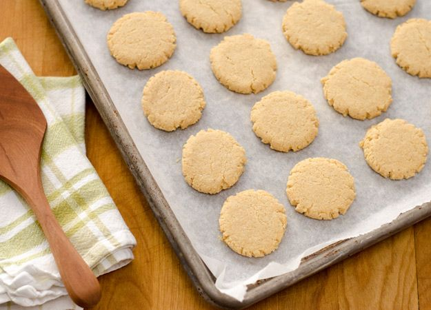 Gluten Free Hazelnut Cookies - would have to sub coconut oil for the ...