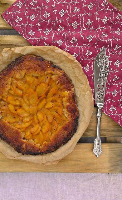 honey & figs: Peach Galette / Galette de Melocotones Our farmer's ...