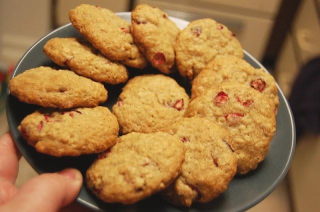 Oatmeal Orange Cranberry Cookies | Nom Noms | Pinterest