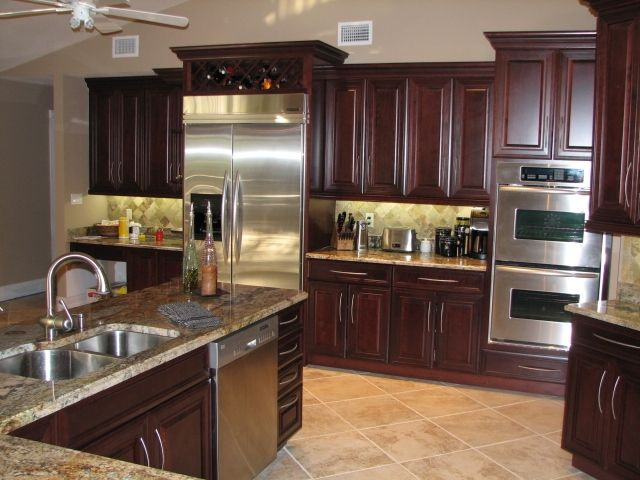 love the cherry cabinets Home Design Pinterest