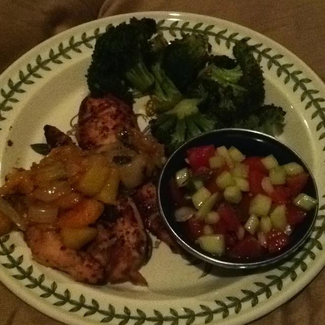 Jerk chicken strips with fresh peach salsa. Fresh tomato, onion ...