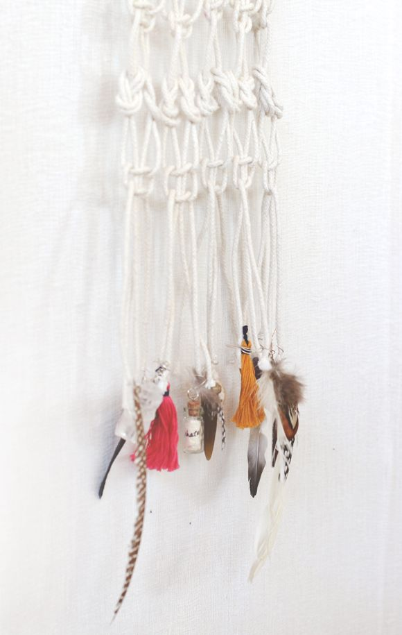 How to macrame and create a wall hanging - Make a macrame hanging chair ...