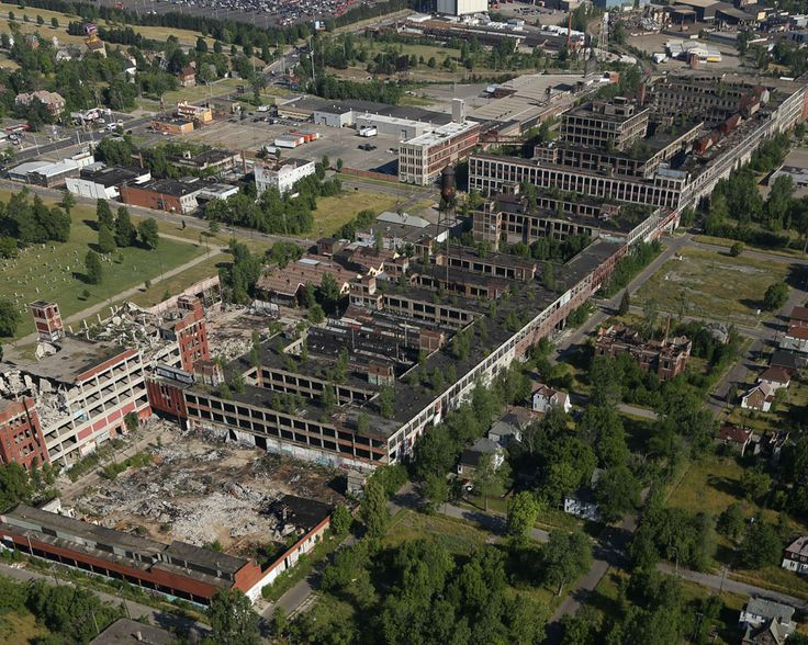 The packard plant then and now interactive comparison for Rose city motors michigan