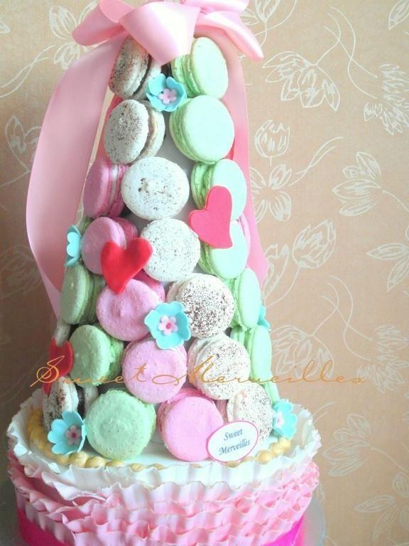 Ruffled Cake with Macaron Tower   Macaron Towers   Pinterest
