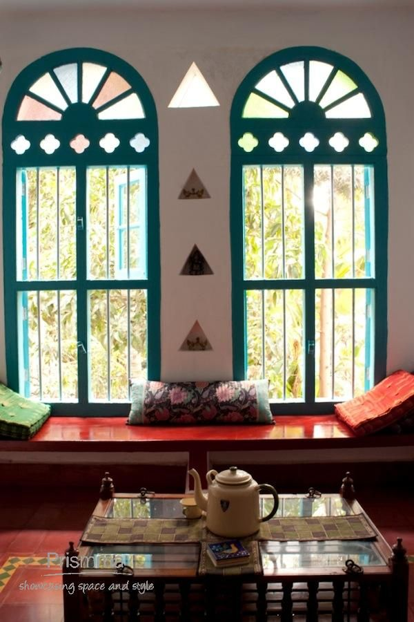 Traditional indian home interior windows and shutters for Window design for house in india