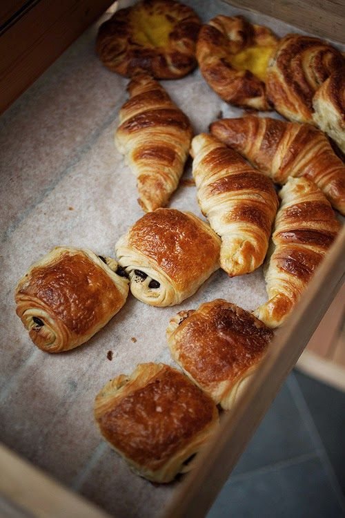 croissant & pain au chocolat | make // food | Pinterest