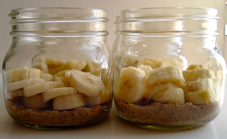 Coconut Banana Cream Pie In a Jar | Food in a jar pie, snacks and mor ...
