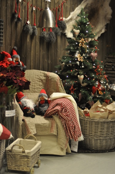 Cozy cabin christmas christmas in dixie pinterest for Country cabin christmas