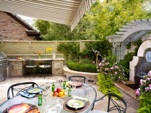 Backyard Garden Party : backyards