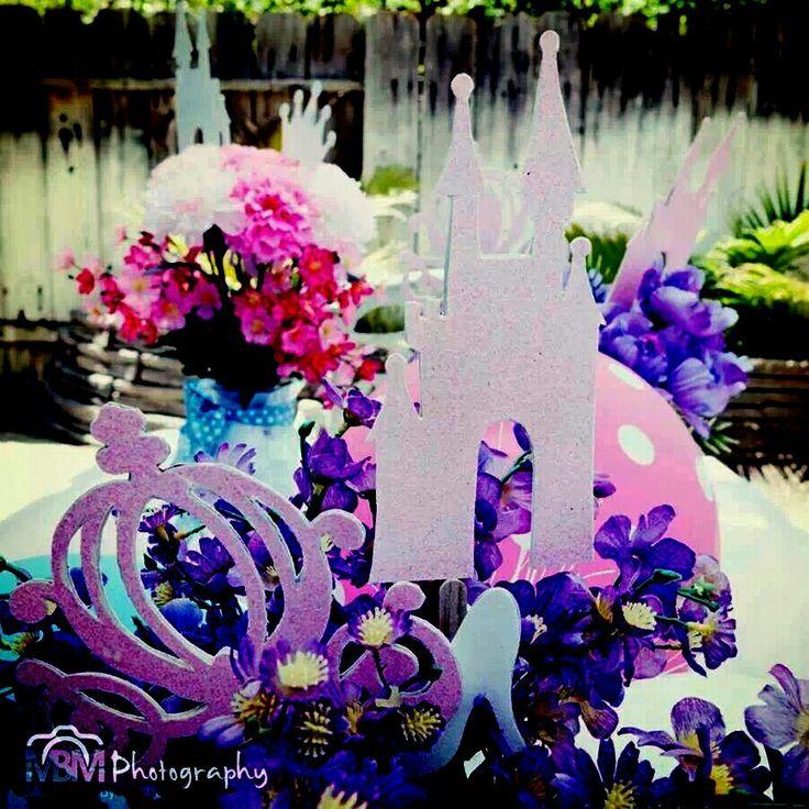 Princess party flower arrangements barbie pinterest for Flower arrangements for parties