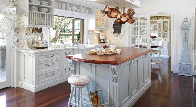 Romantic style white country kitchen kitchen design for Romantic kitchen designs