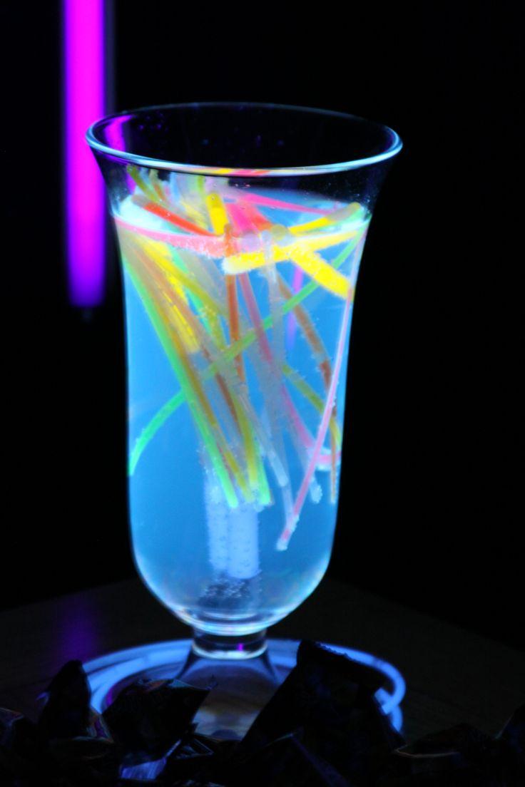 glow stick centerpiecesGlow In The Dark Centerpieces