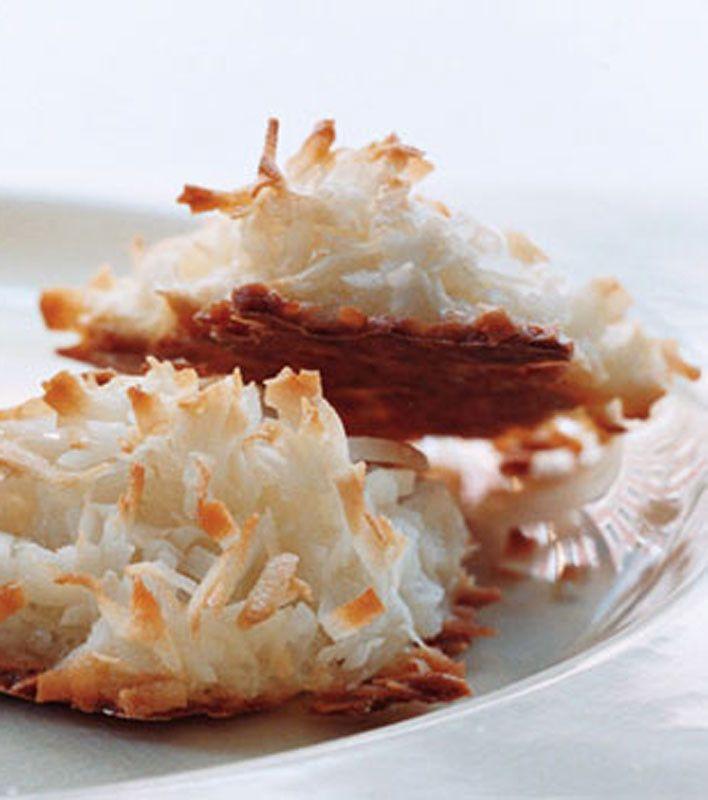 Coconut Macaroons | holiday treats | Pinterest
